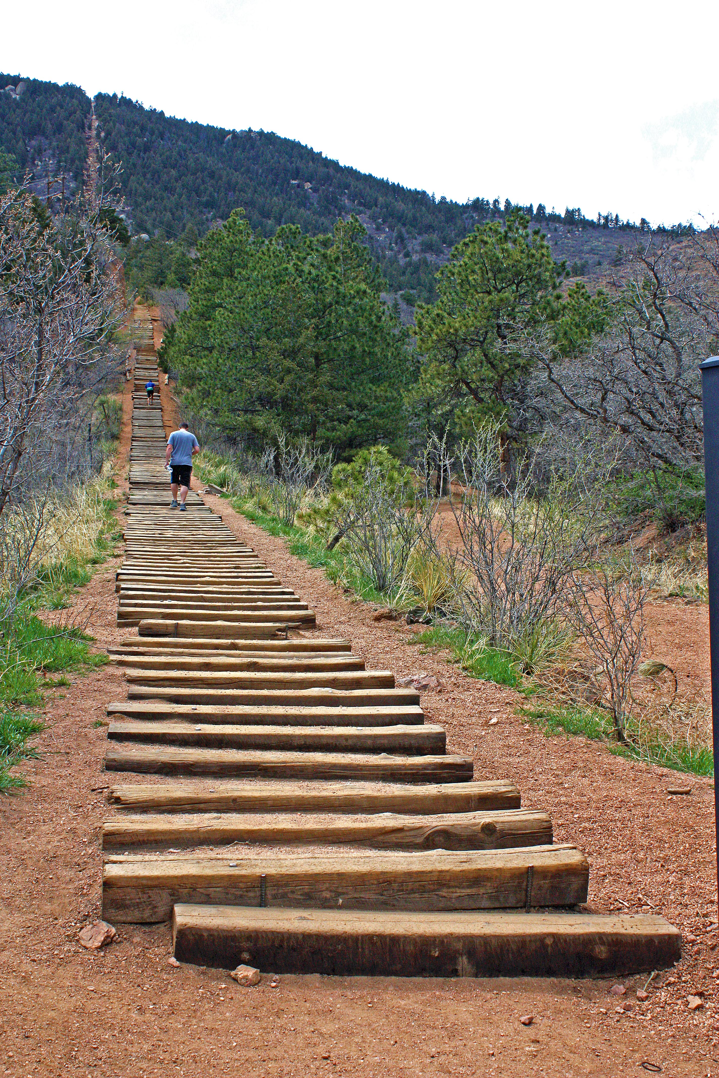 Charmant The Incline ...